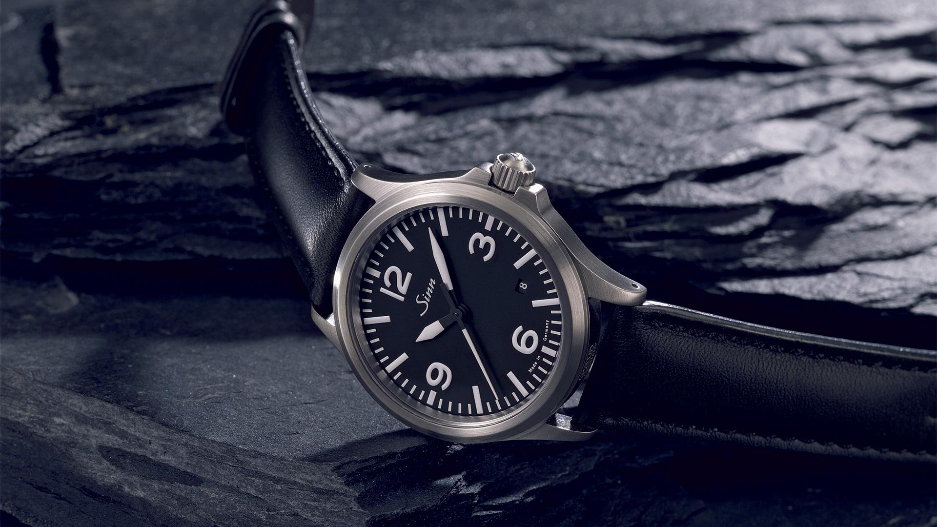 Sinn 556A field watch