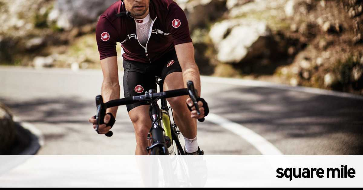 The sharpest cycling gear on the road  2929e47ea