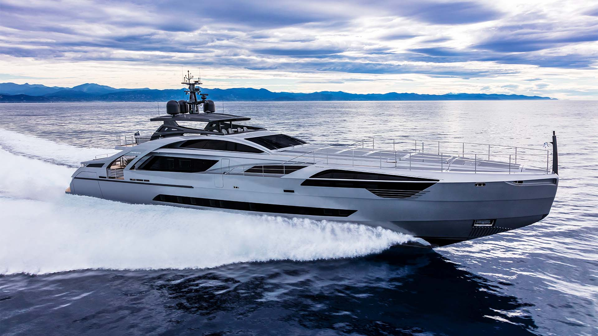 Pershing 140 superyacht