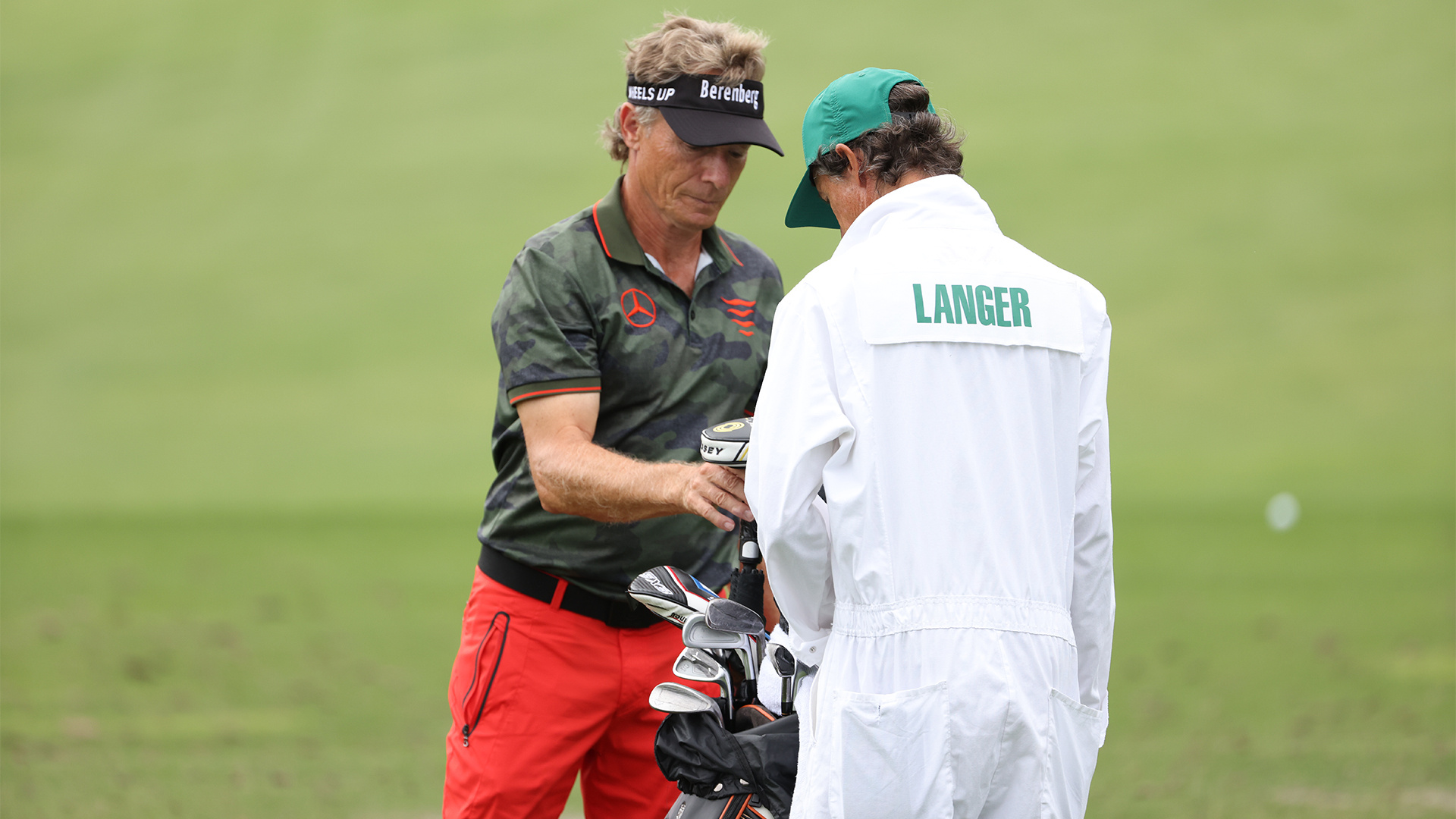 Bernhard Langer teaches you how to play golf