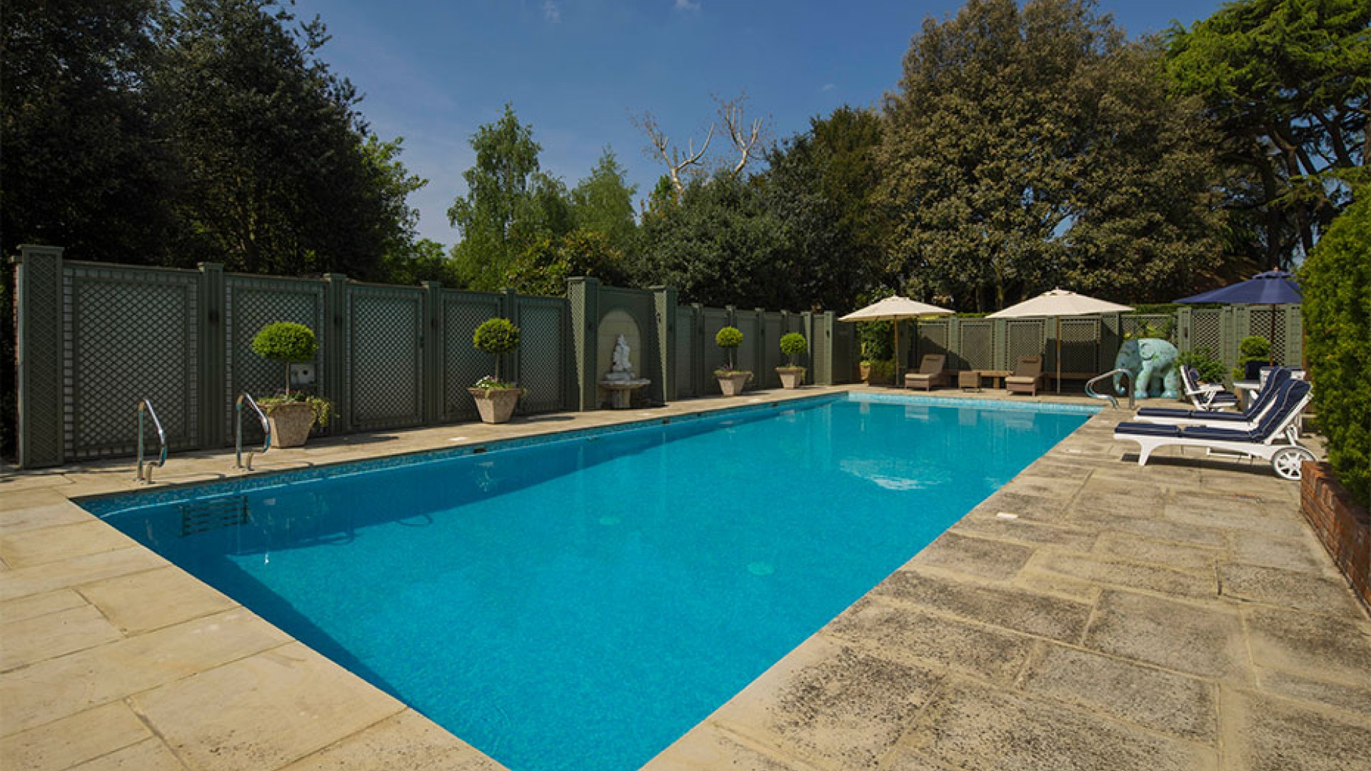 London apartments with pools square mile - Apartments with swimming pool london ...