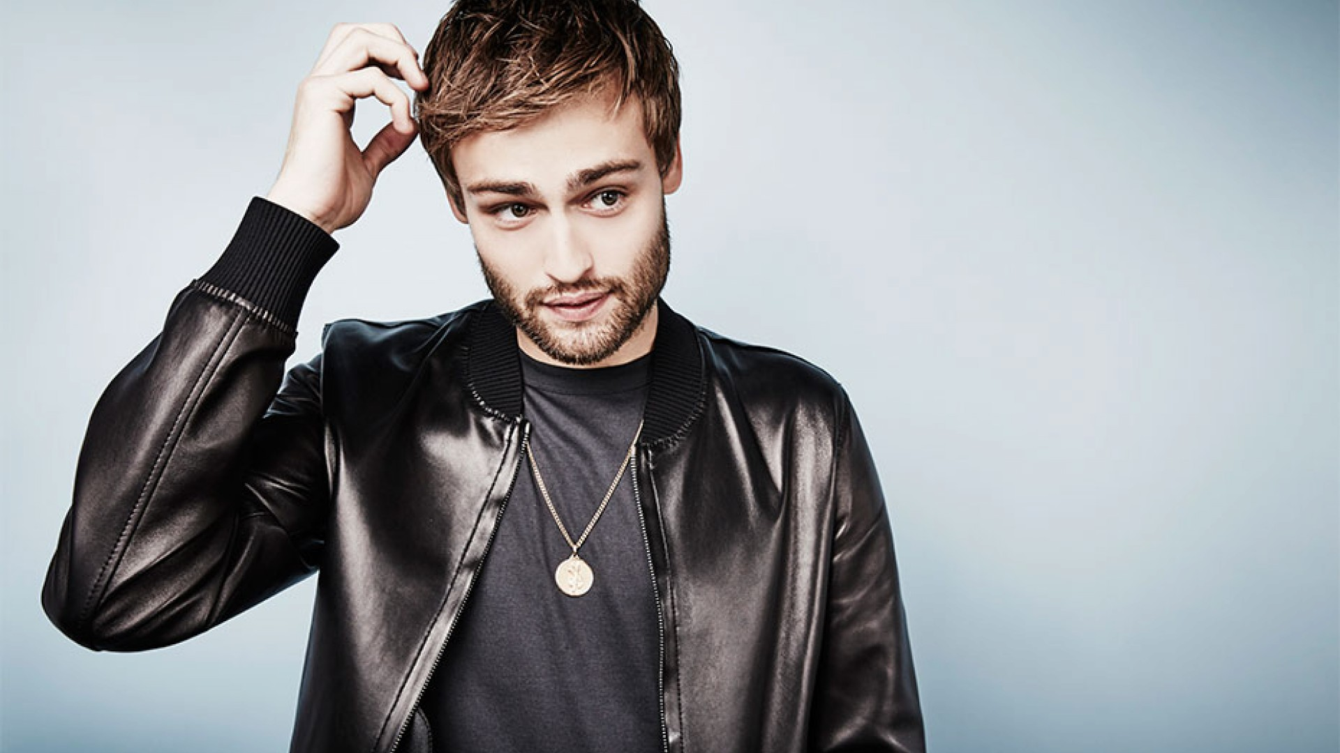 Douglas Booth on fame,...