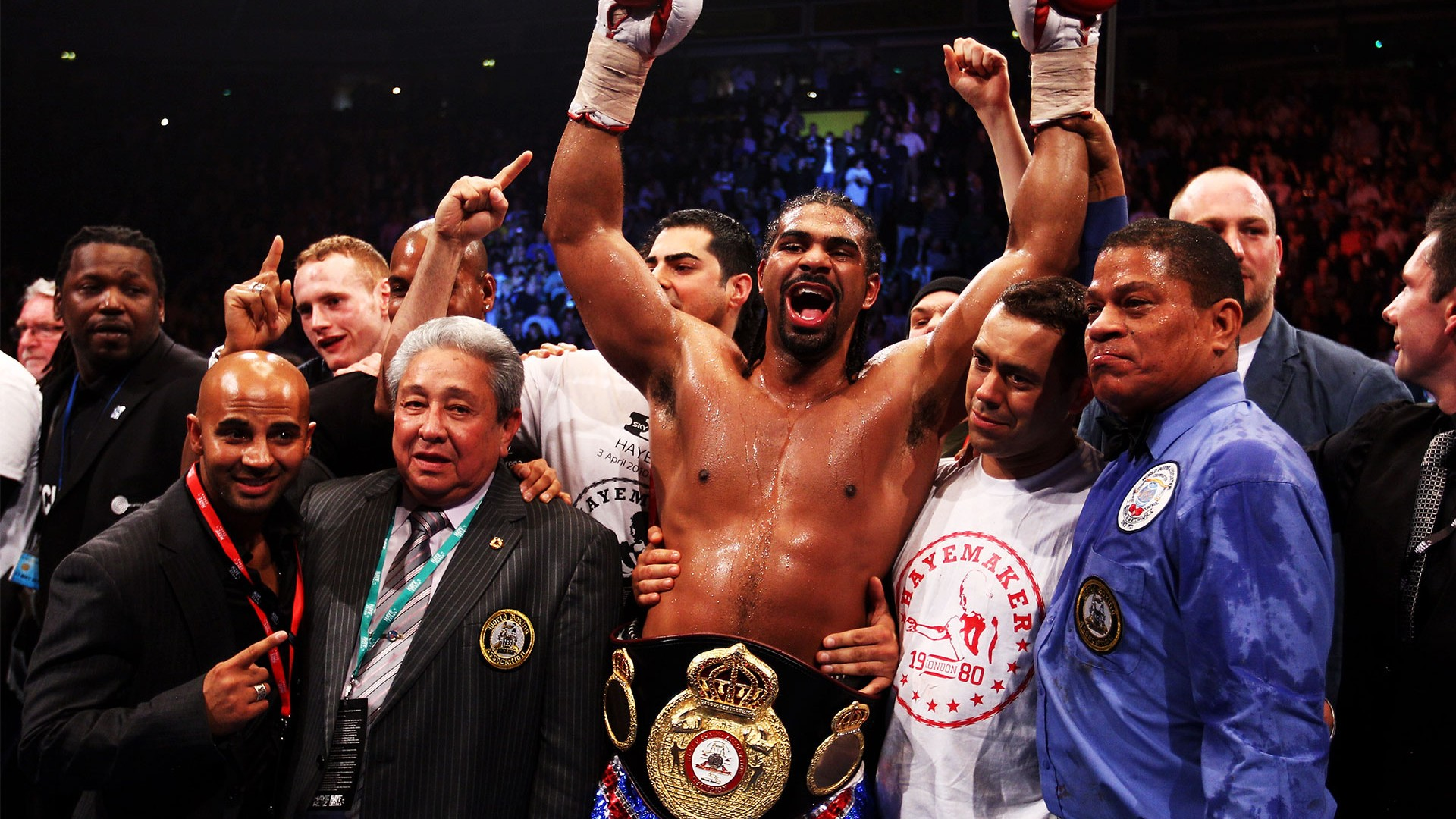 David Haye beats John Ruiz to defend his WBA heavyweight champion title
