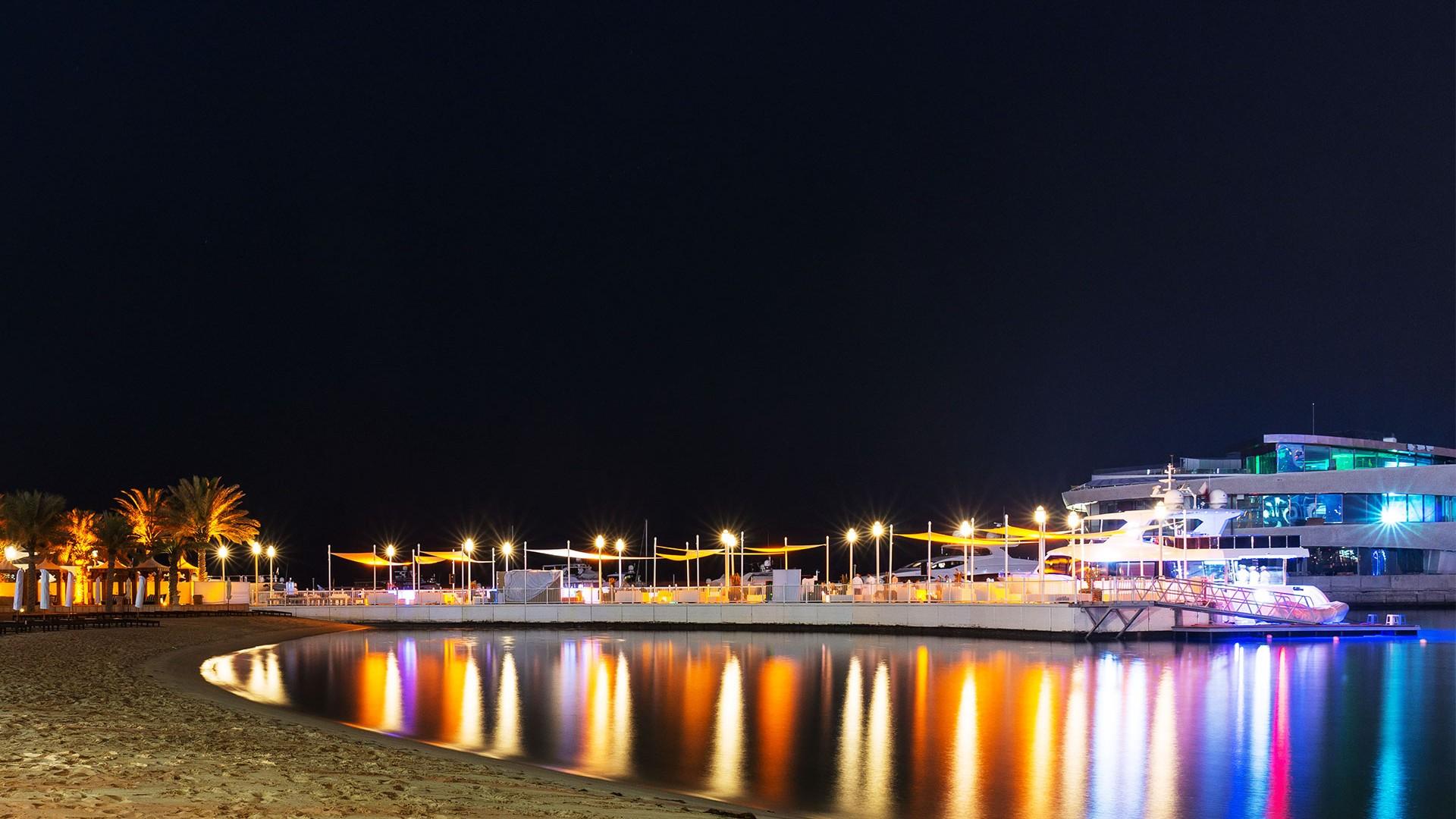 Four Seasons Doha at night