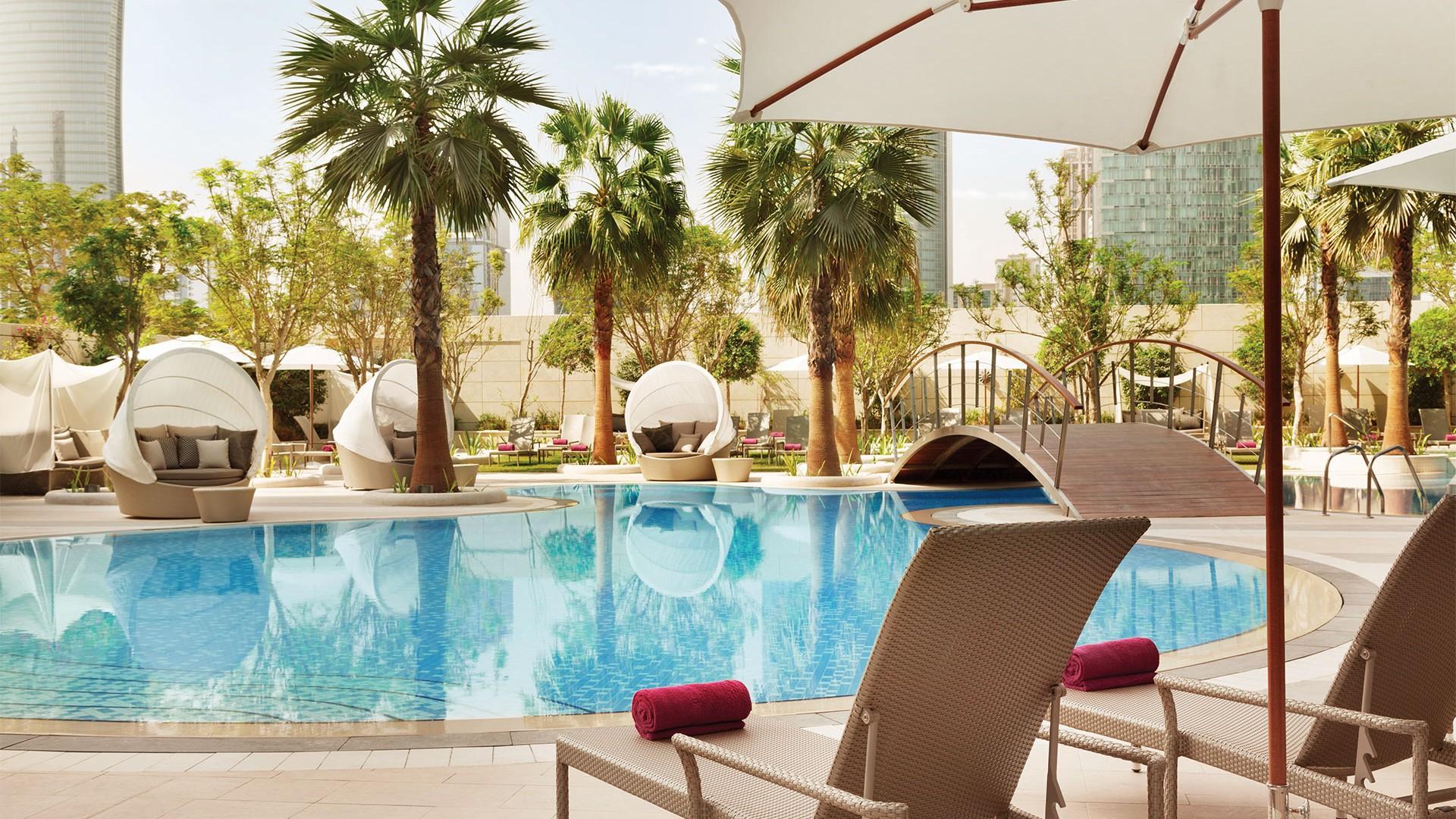 Shangri-La pool in Doha