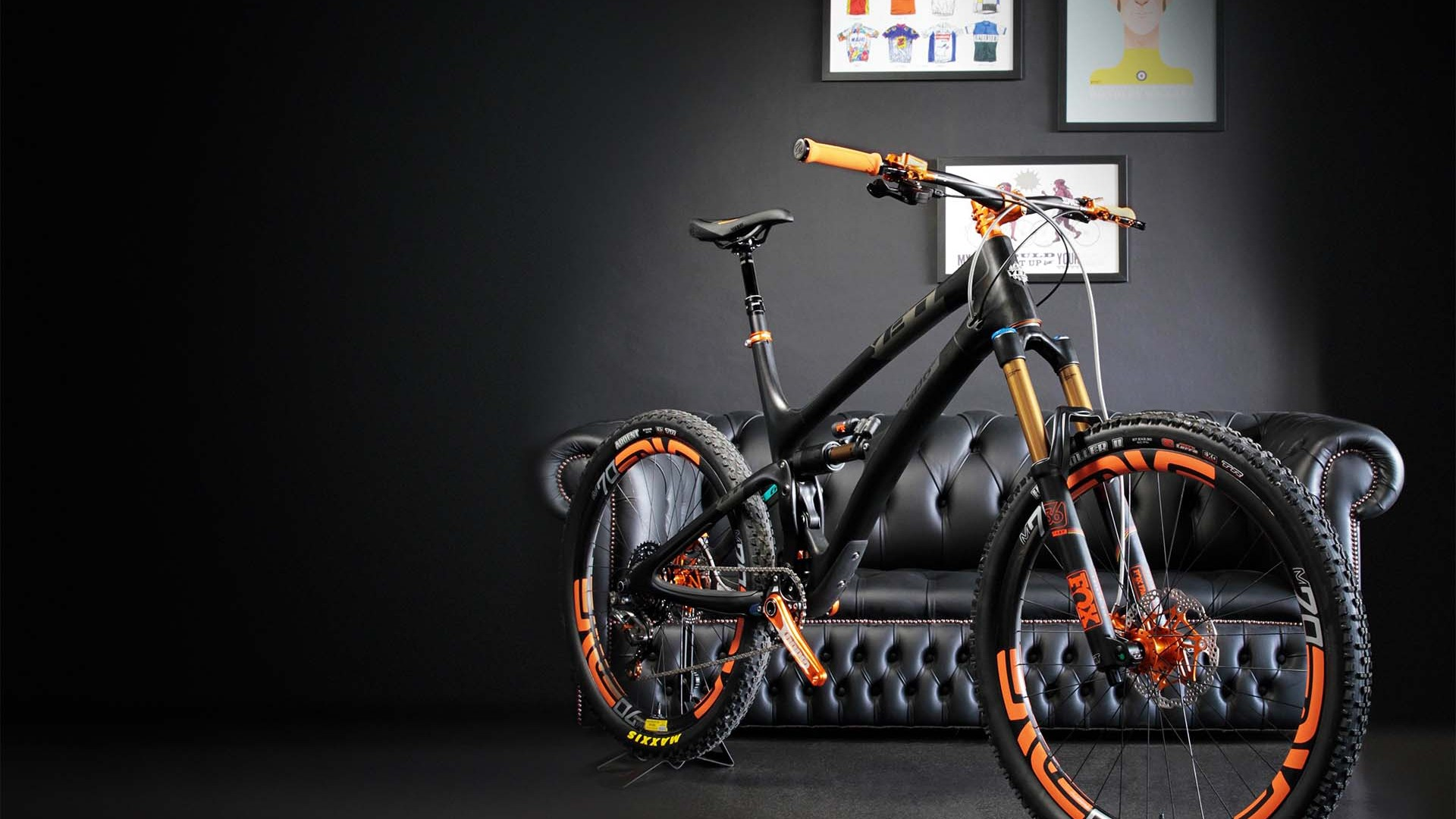UBYK ProBuild Yeti SB6c Carbon best bike gear Tour de France