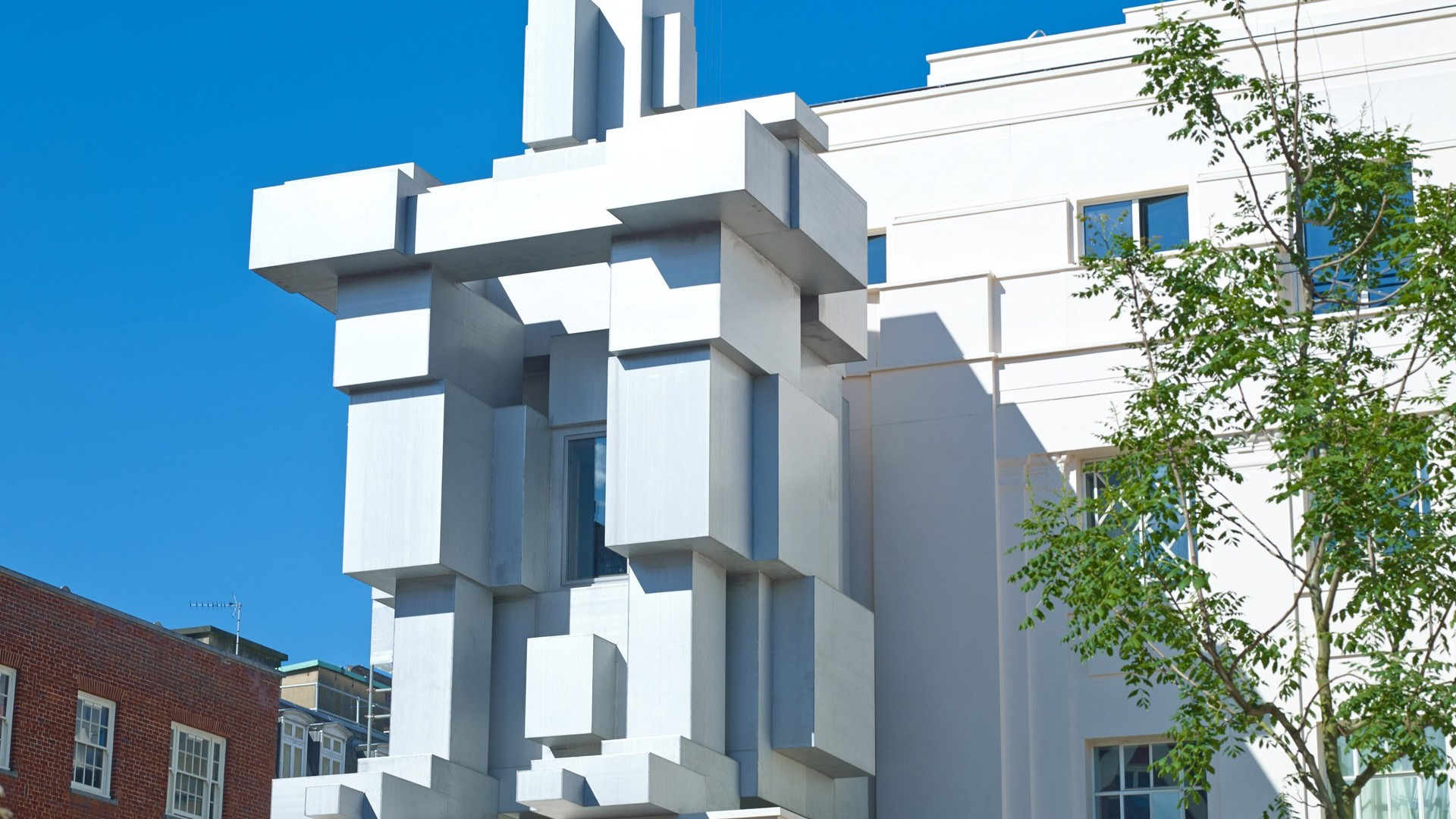 Beaumont Hotel, ROOM by Antony Gormley – London's best designer hotel suites