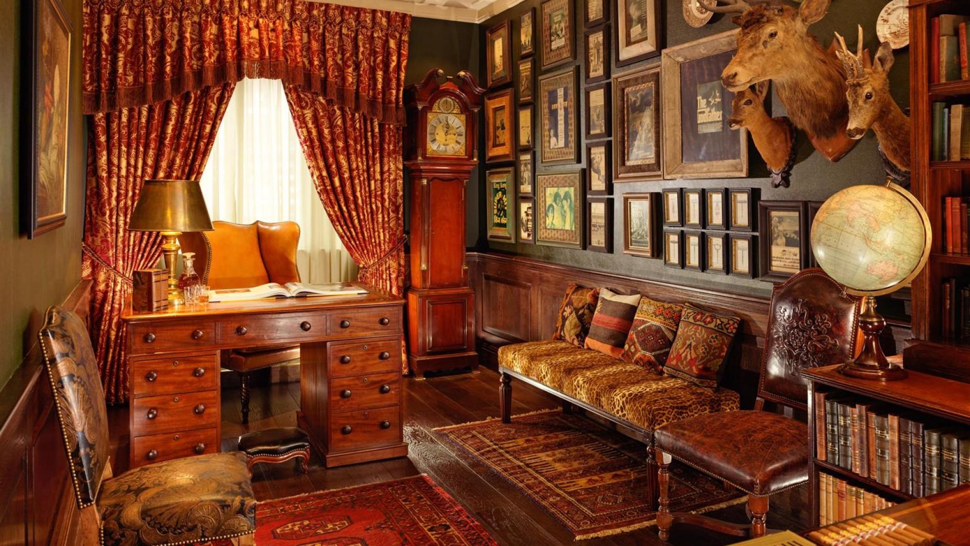 Taj 51 Buckingham Gate, Cinema Suite – London's best designer hotel suites