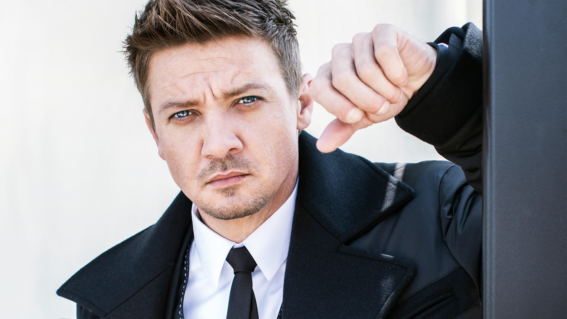 Jeremy Renner on The A...