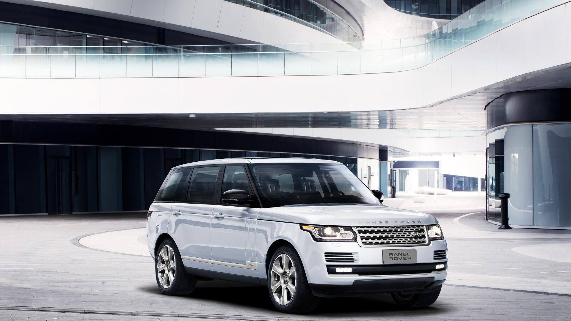 Range Rover Hybrid Long-Wheelbase
