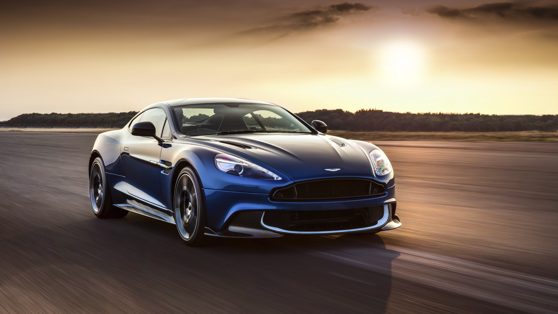 Aston Martin Vanquish S car review
