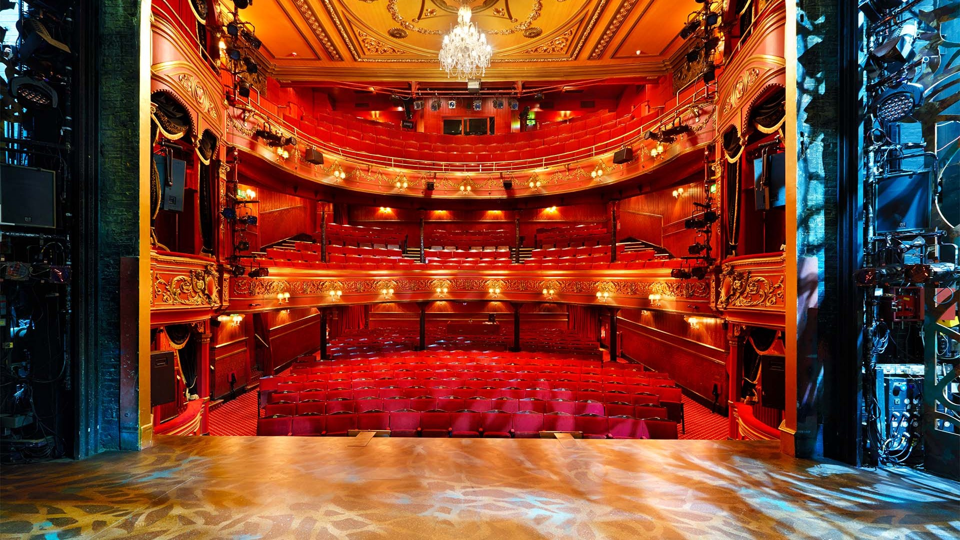photographs of the most beautiful theatres in london. Black Bedroom Furniture Sets. Home Design Ideas