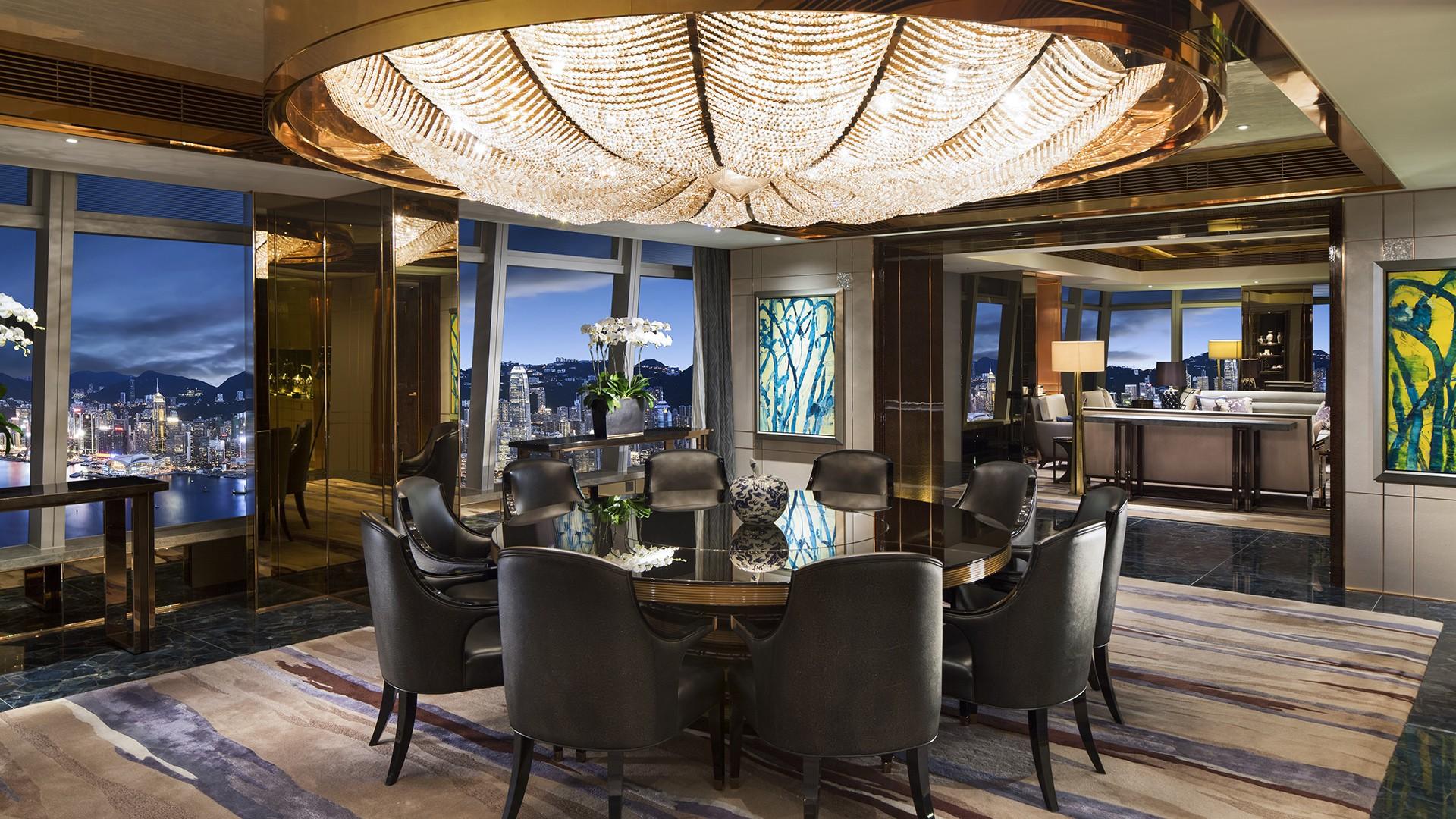 Ritz-Carlton Suite,The Ritz-Carlton