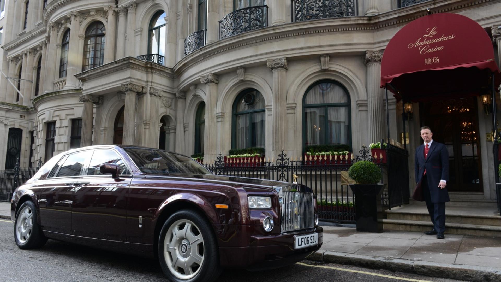 Les Ambassadeurs Entrance: Best London Casinos