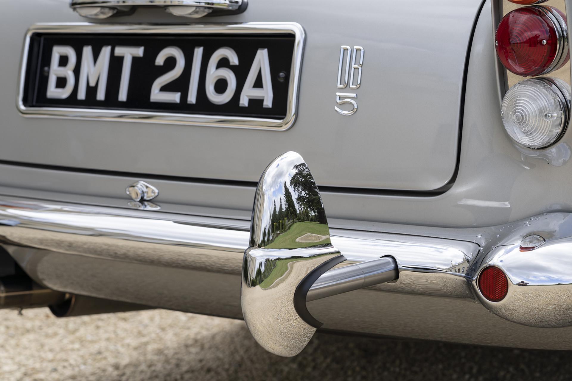 Aston Martin Goldfinger DB5 Continuation