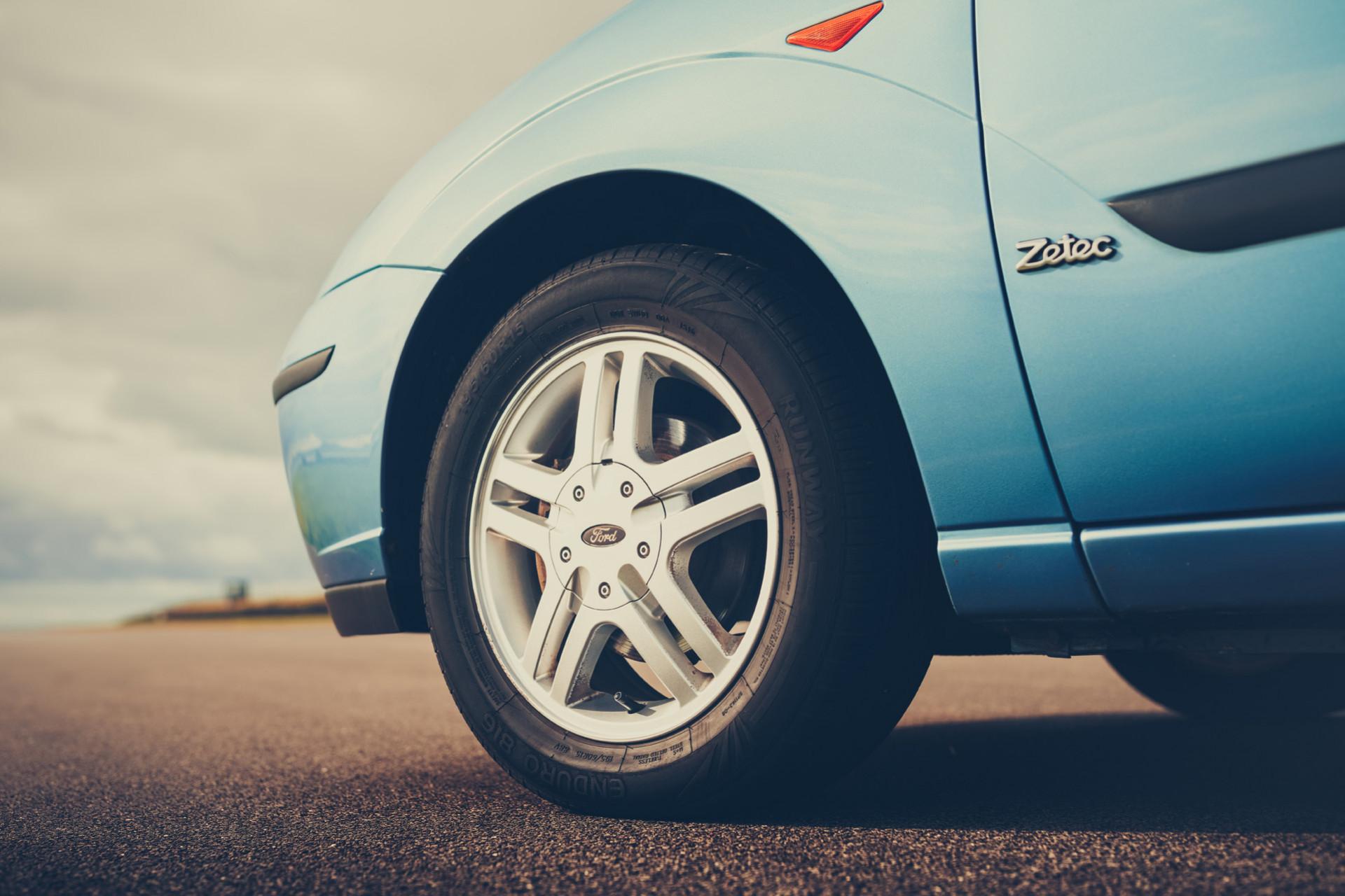 Ford Focus 1.6i 16v Zetec
