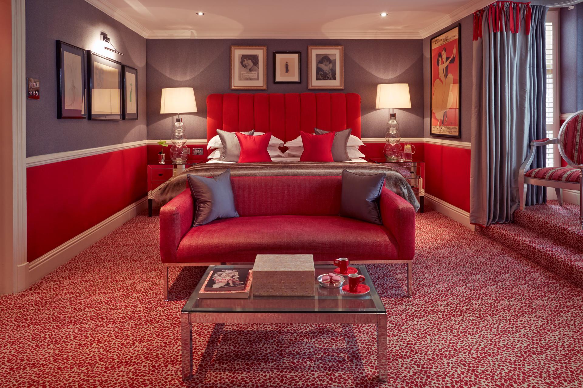 The Milestone Hotel Mistinguett Suite