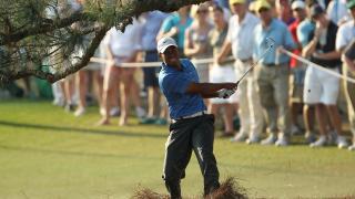 Tiger Woods list of injuries, knee injury, The Masters 2011