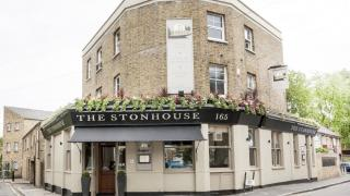 Best Pubs in Clapham: The Stonhouse