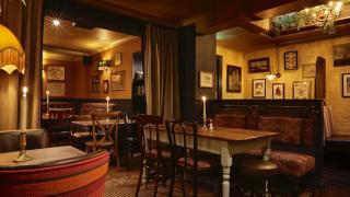 Best Pubs in Clapham: The Abbeville