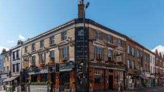 Best Pubs in Clapham: The Northcote