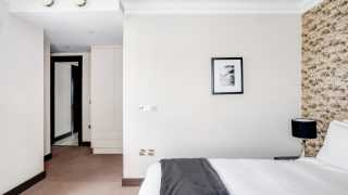 London Airbnb: THE RUBY RESIDENCE, Kensington