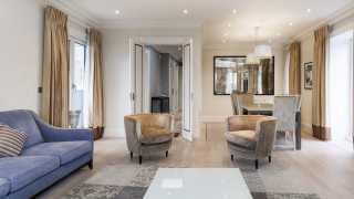 London Airbnb: HYDE PARK SUITE