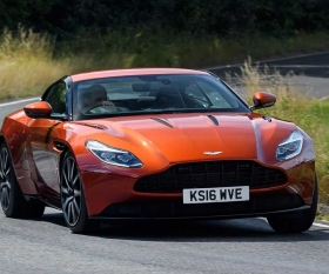 New Aston Martin DB11 supoercar