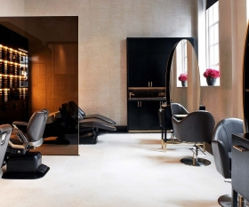 Gielly Green at Four Seasons at Ten Trinity Square hair salon review