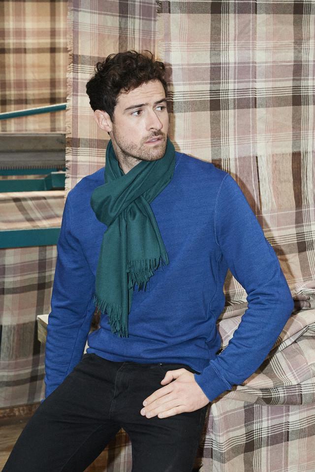 Joshua Ellis scarf