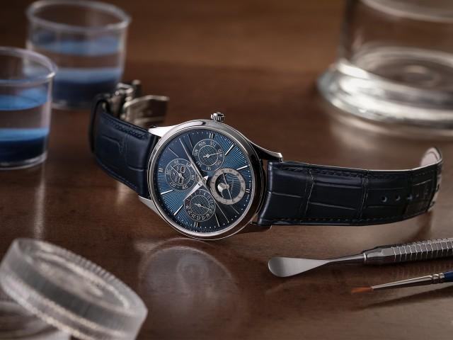 Jaeger-LeCoultre Master Ultra Thin Perpetual Enamel watch