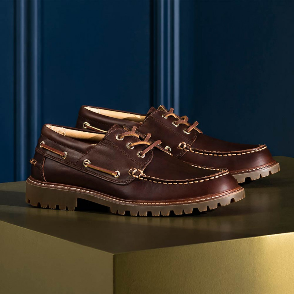 Sperry leather deck shoes