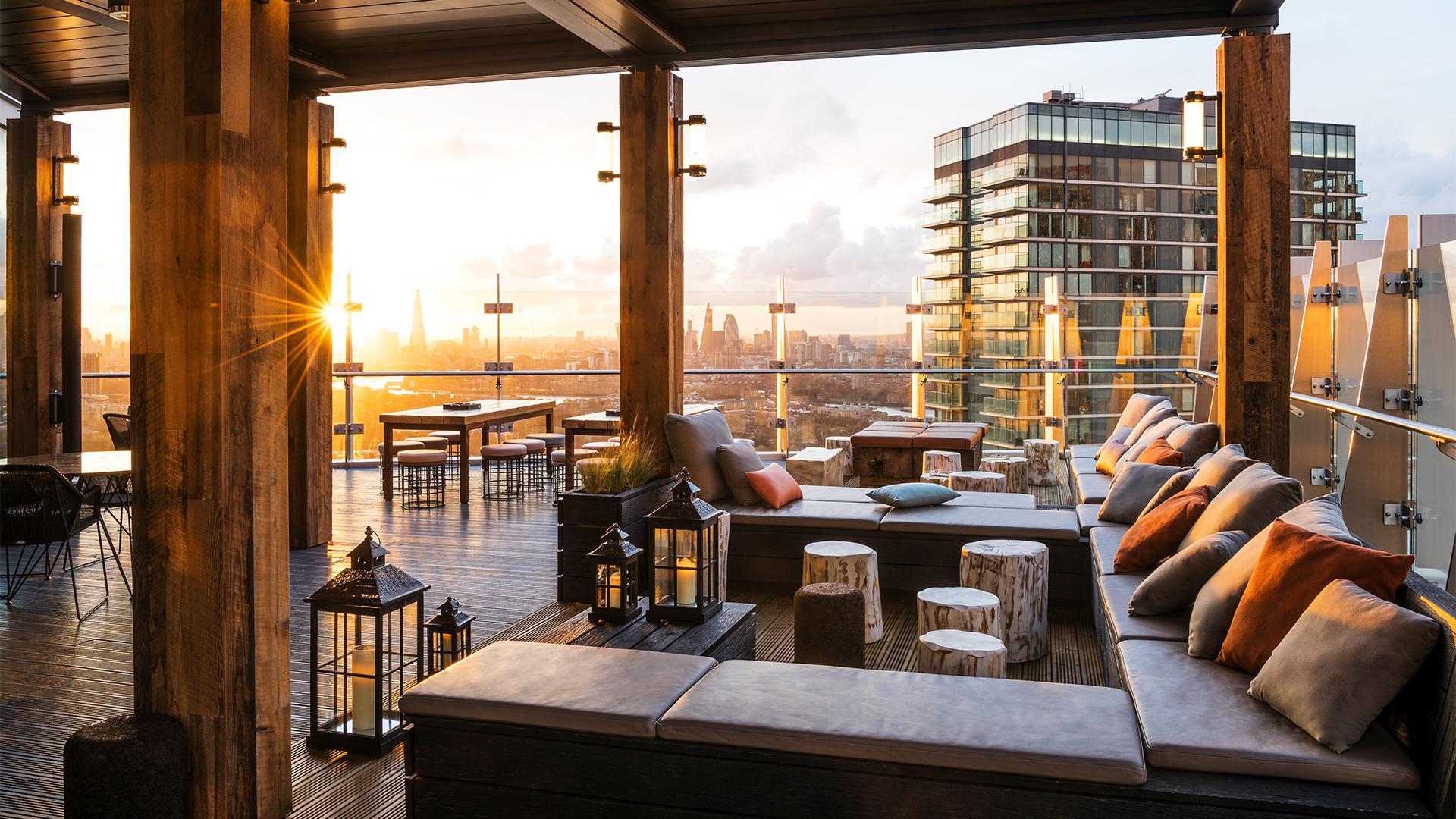 Bōkan 39 Rooftop Bar