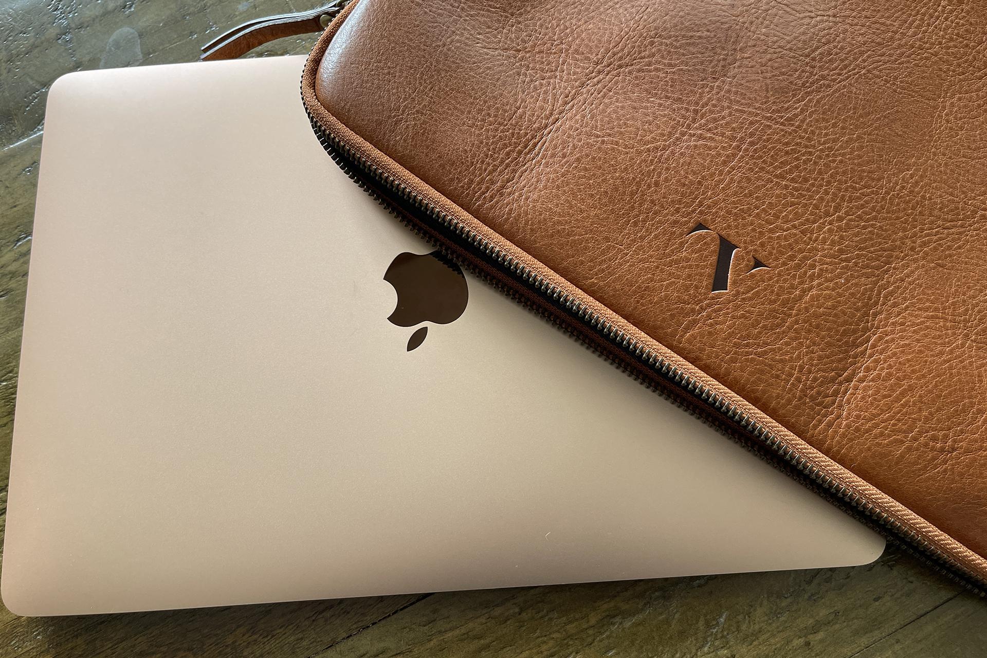 ASALI laptop sleeve