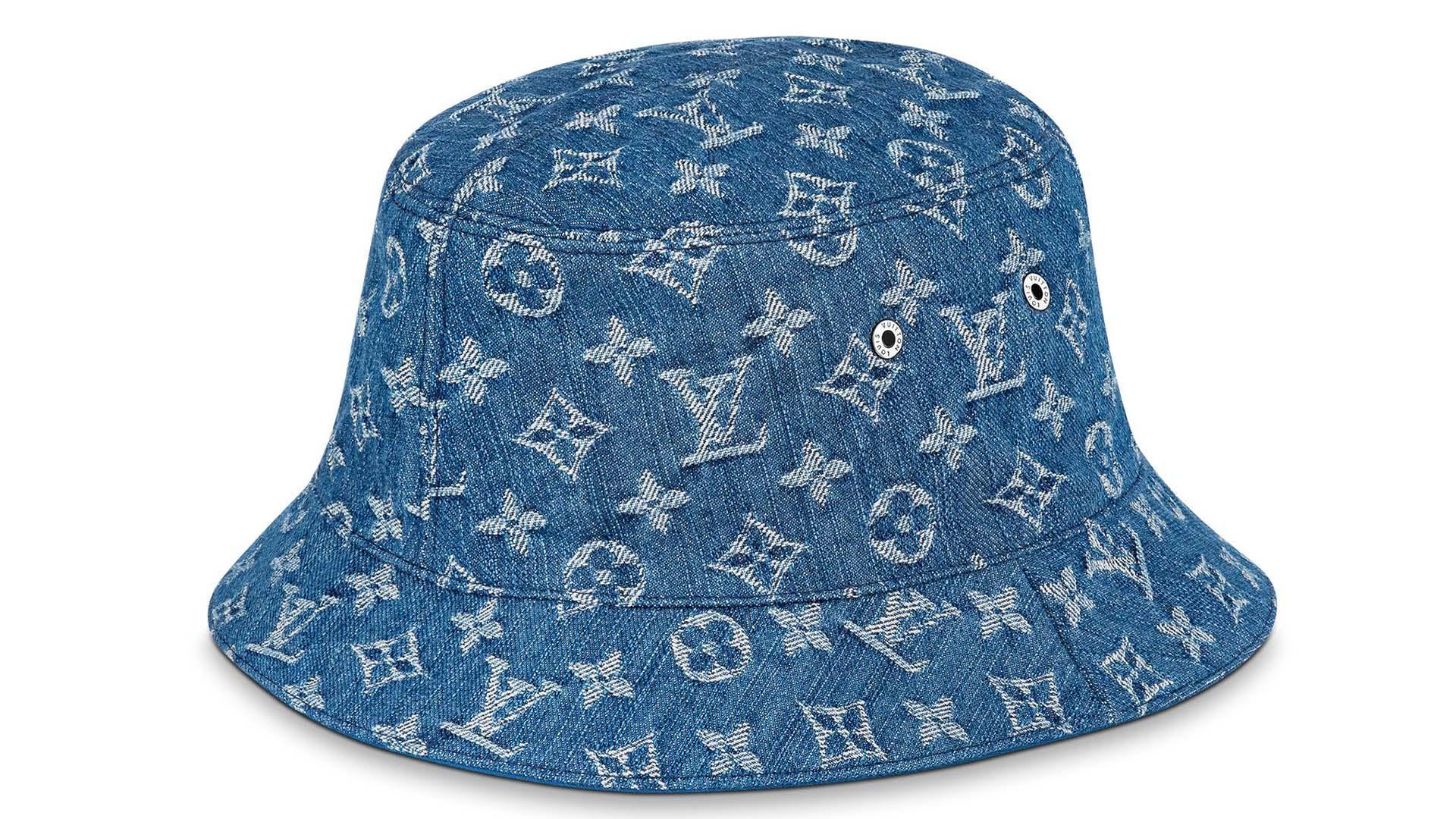 LOUIS VUITTON Monogram Essential Bucket Hat