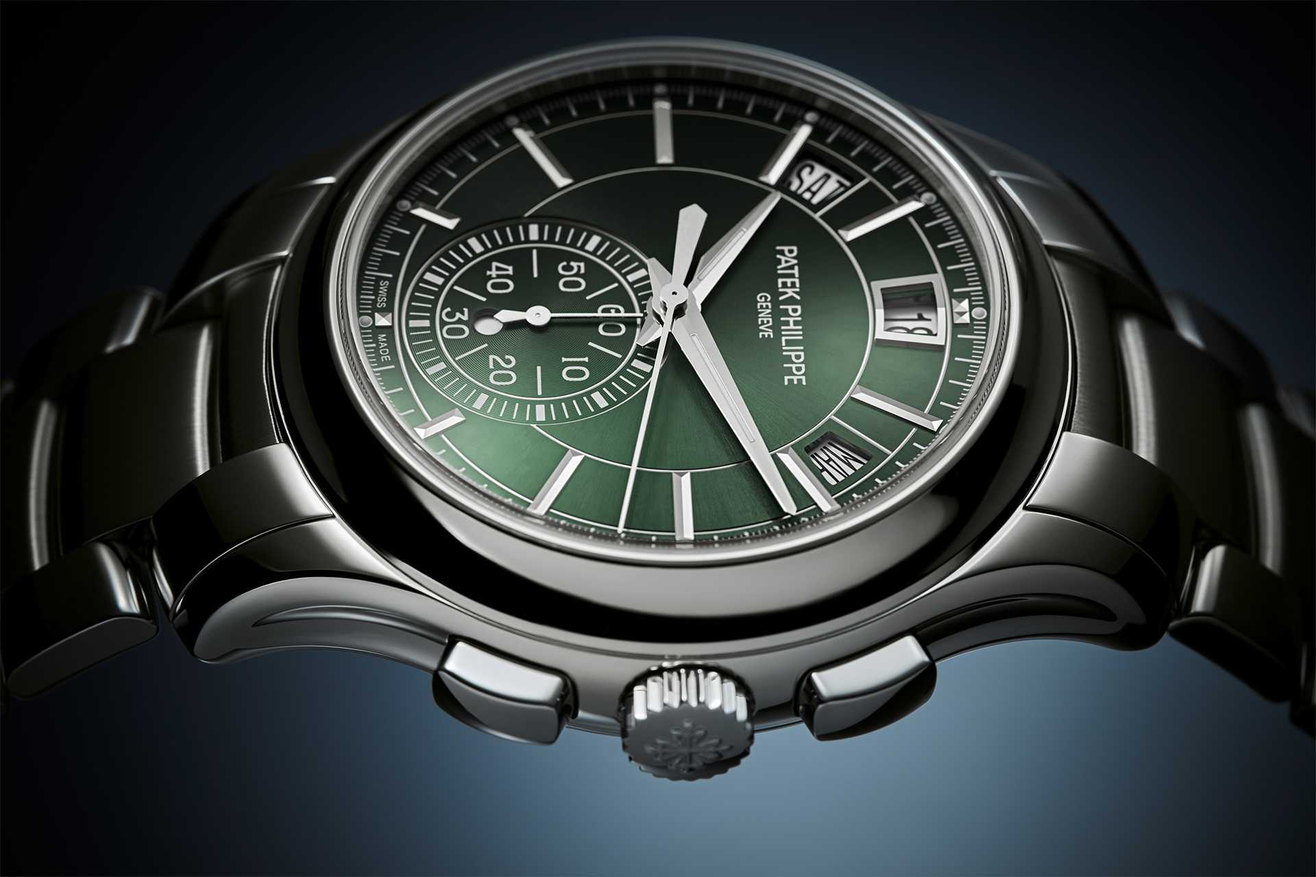 Patek Philippe self-winding flyback chronograph with annual calendar Ref. 5905/1A-001