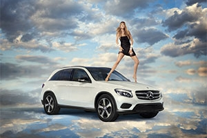 The Mercedes-Benz GLC 350 e 4MATIC gets even sexier thanks to Doutzen Kroes_1